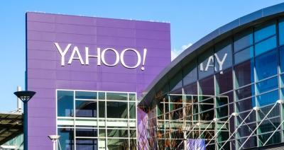 Yahoo slashes assets price for Verizon in wake of data breach scandal