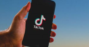 TikTok's CEO quits amid growing political tensions