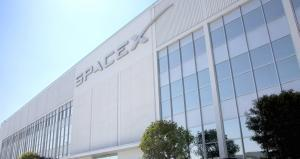 SpaceX makes a comeback launching 10 satellites into orbit