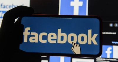Italian regulator threatens Facebook with €5m fine