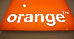 Orange reduces its stake in BT and secures financing at a negative interest rate