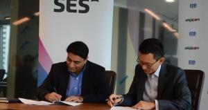 [L to R] Deepak Mathur, Senior Vice President Commercial, Asia-Pacific and the Middle East at SES and Beh Kian Teik, Executive Director at EDB's OSTIn. Photo credit: SES